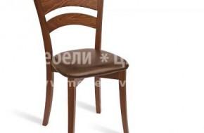 Модерен масивен стол.