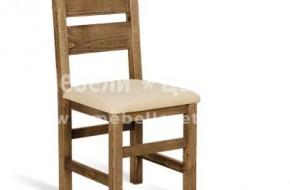 Стол от буково дърво с тапицирана седалка и облегалка с декоративни отвори.