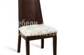 Стол от бук с тапицирана седалка.