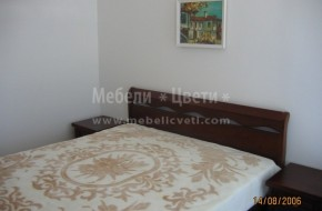 Легло модел Милано за матрак 1640х1900 от бук и вграден гардероб от масив.